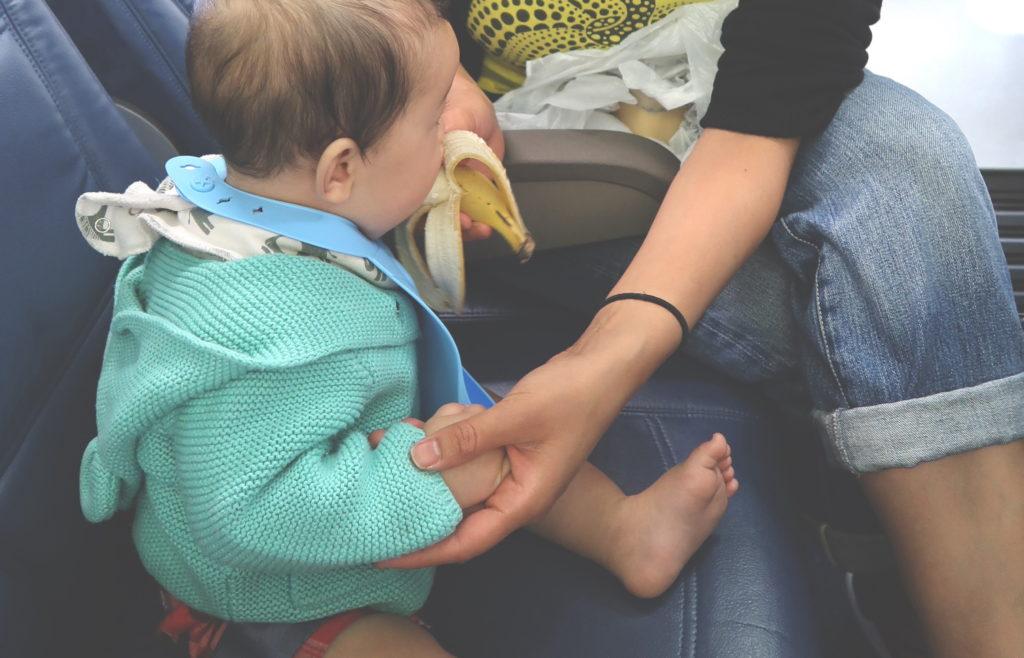 子供の機内での食事